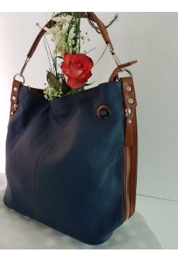 A-More torbica skrivnostna...